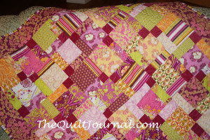 Picture of a brightly colored quilt