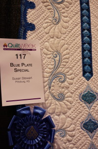 Best Large Quilt Susan Stewart Look at all those little feathers !!